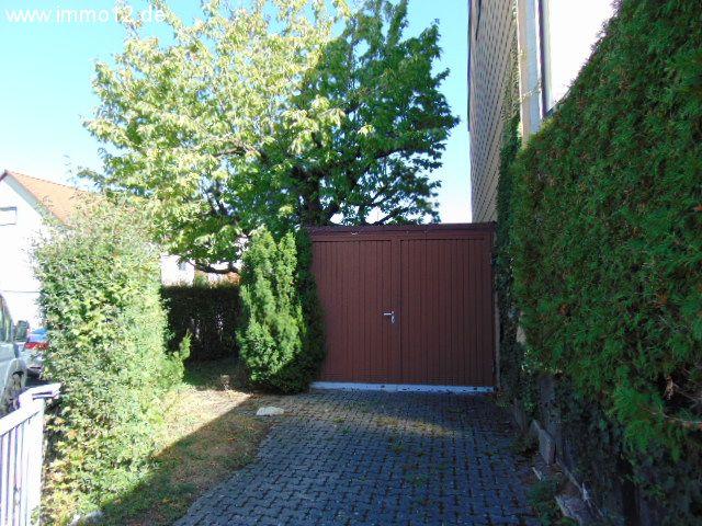 immobilien n rnberg reiheneckhaus mit 2 garagen und terrasse in westausrichtung. Black Bedroom Furniture Sets. Home Design Ideas
